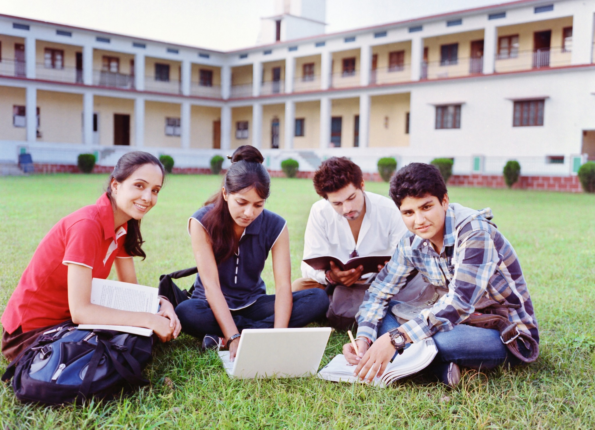 fewer_eu_students_studying_abroad.jpg