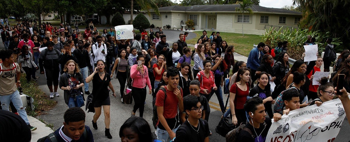 Protest, gun control, parkland