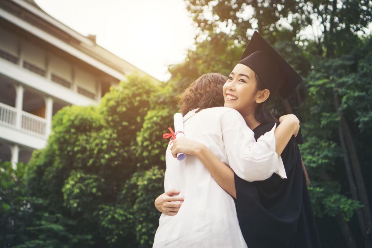 parents at graduation