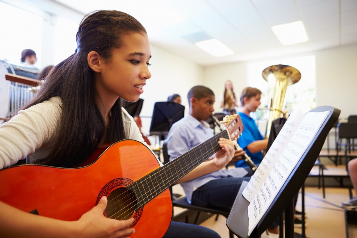 Here's how music classes help improve grades