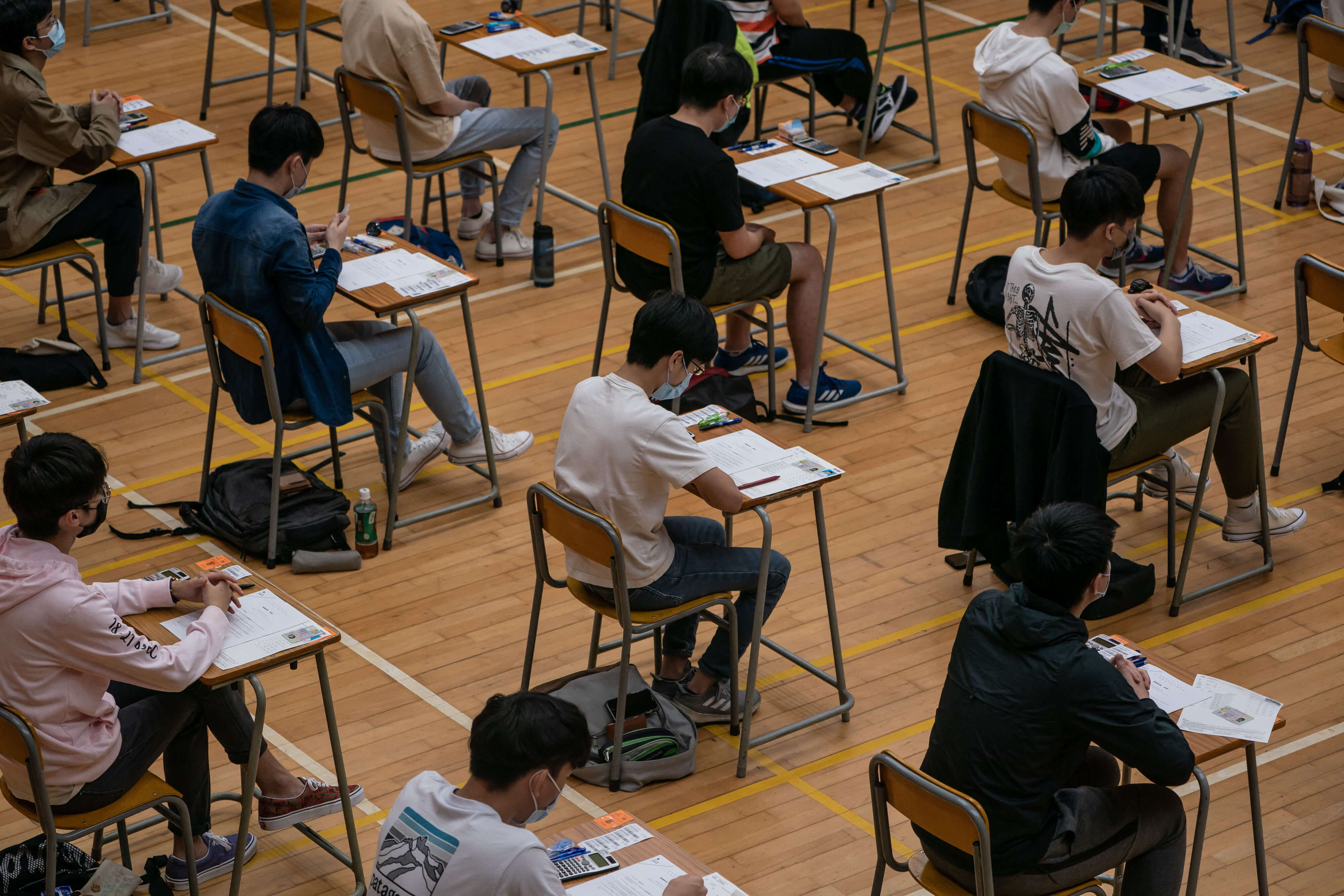 Should traditional end-of-school exams be abolished?
